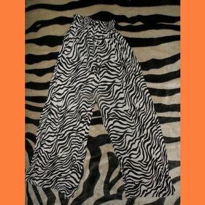 Zebra Stripped Wide Leg Lounge Pants